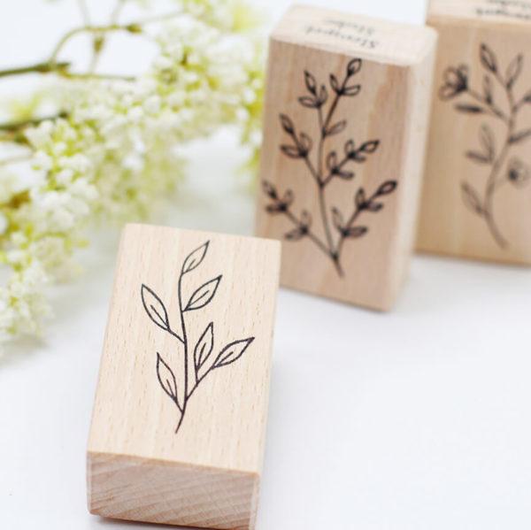 Holzstempel Blätterzweig II | Unsere kleine Bastelstube - DIY Bastelideen für Feste & Anlässe