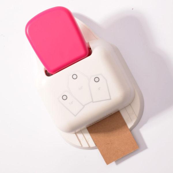 3-in-1 Etikettenstanze / Vaessen | Unsere kleine Bastelstube - DIY Bastelideen für Feste & Anlässe
