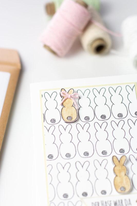 osterkarte selber machen-hasen aufkleben und verzieren