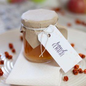 Der Anhänger passt perfekt zu selbstgemachten Marmeladen