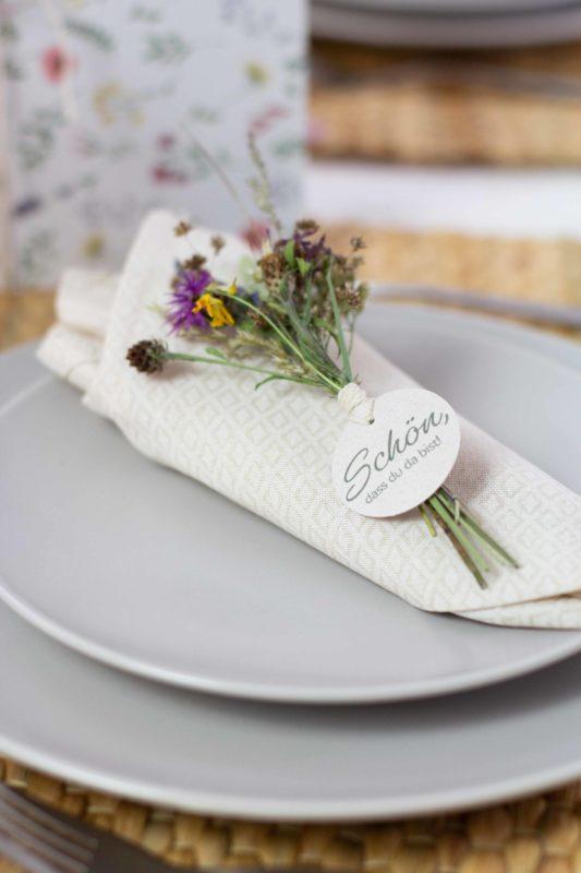Gastgeschenk-Taufe-Trockenblumen