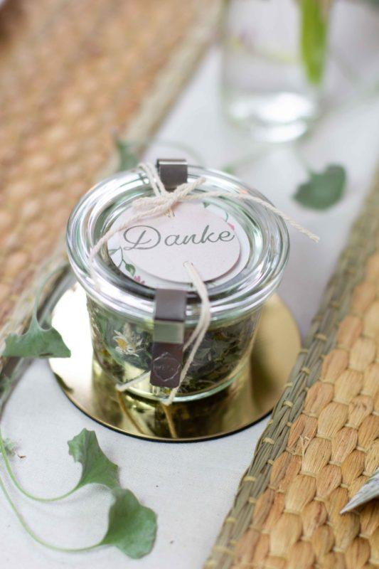 DIY Geschenk - Tee selber machen