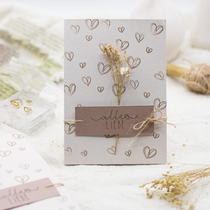 Karte mit Herzen selber basteln - perfekt für Valentinstag, Muttertag und Hochzeit