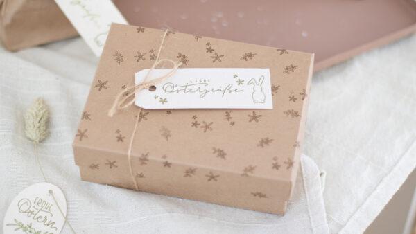 Geschenk für Ostern schön verpacken