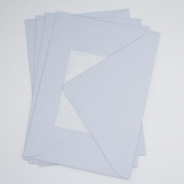 Briefumschlag Eisblau