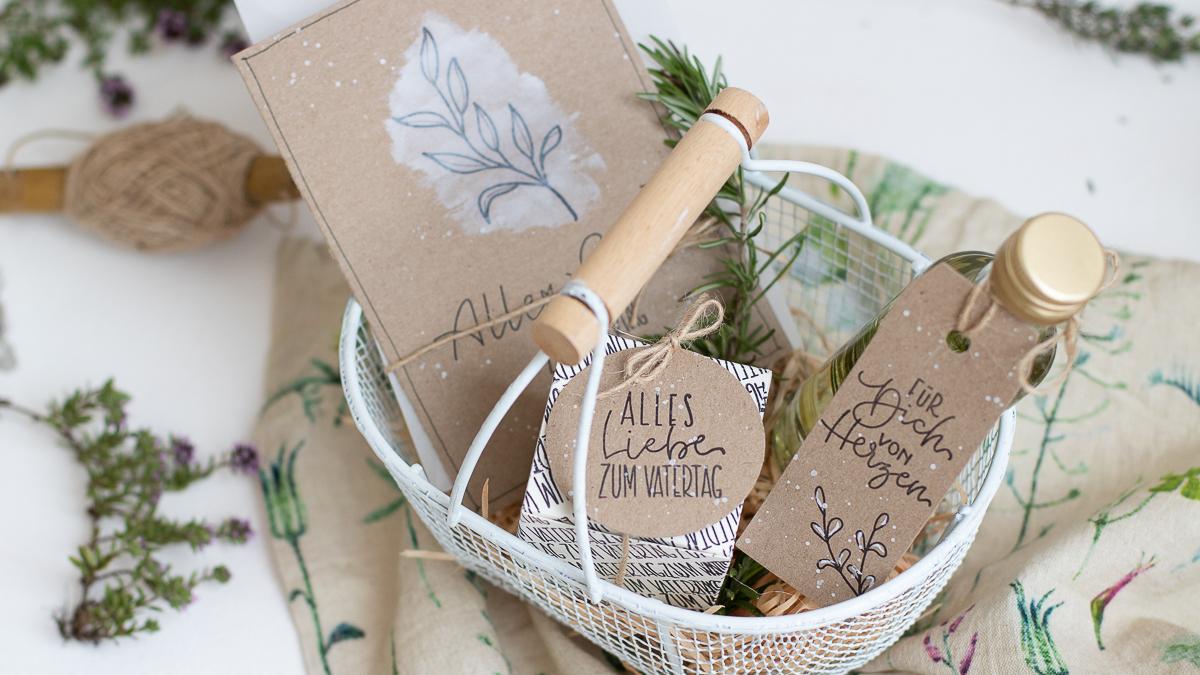 Grillgewürz und Kräuteröl einfach selber machen - DIY Geschenkidee -Unsere kleine Bastelstube